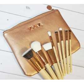Инструменты для макияжа...