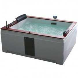 Акриловая ванна Gemy...